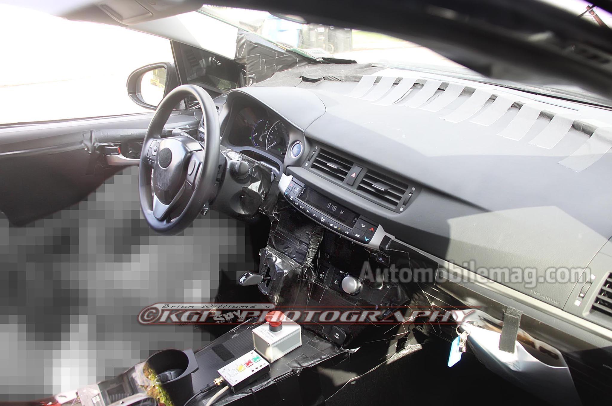 2015 Toyota Prius Prototype Interior 21