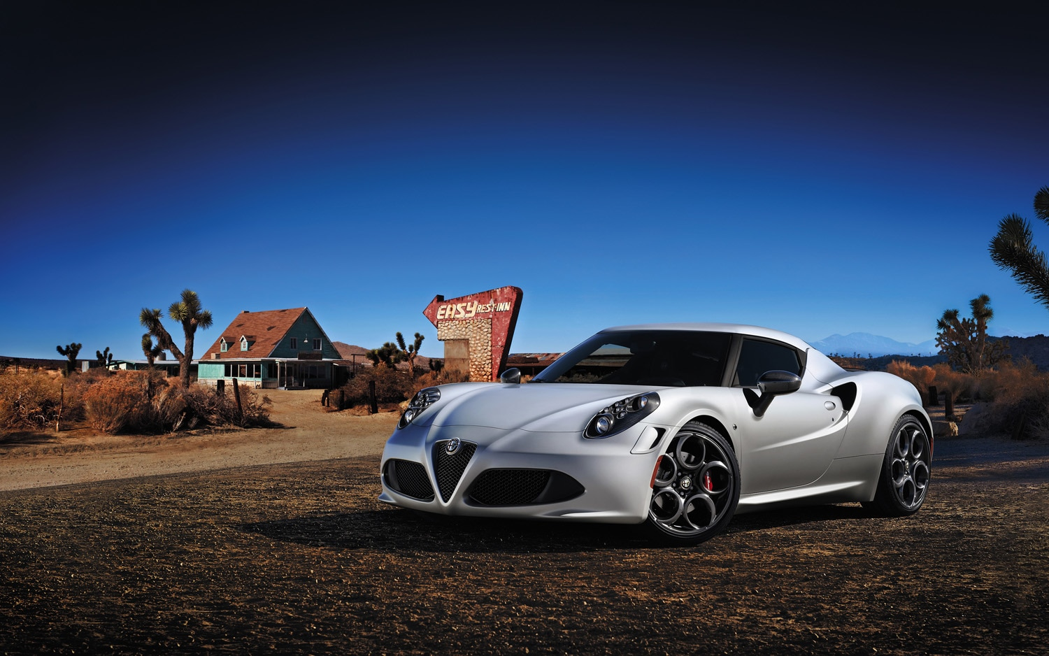 Alfa Romeo 4C Front Left Side View1