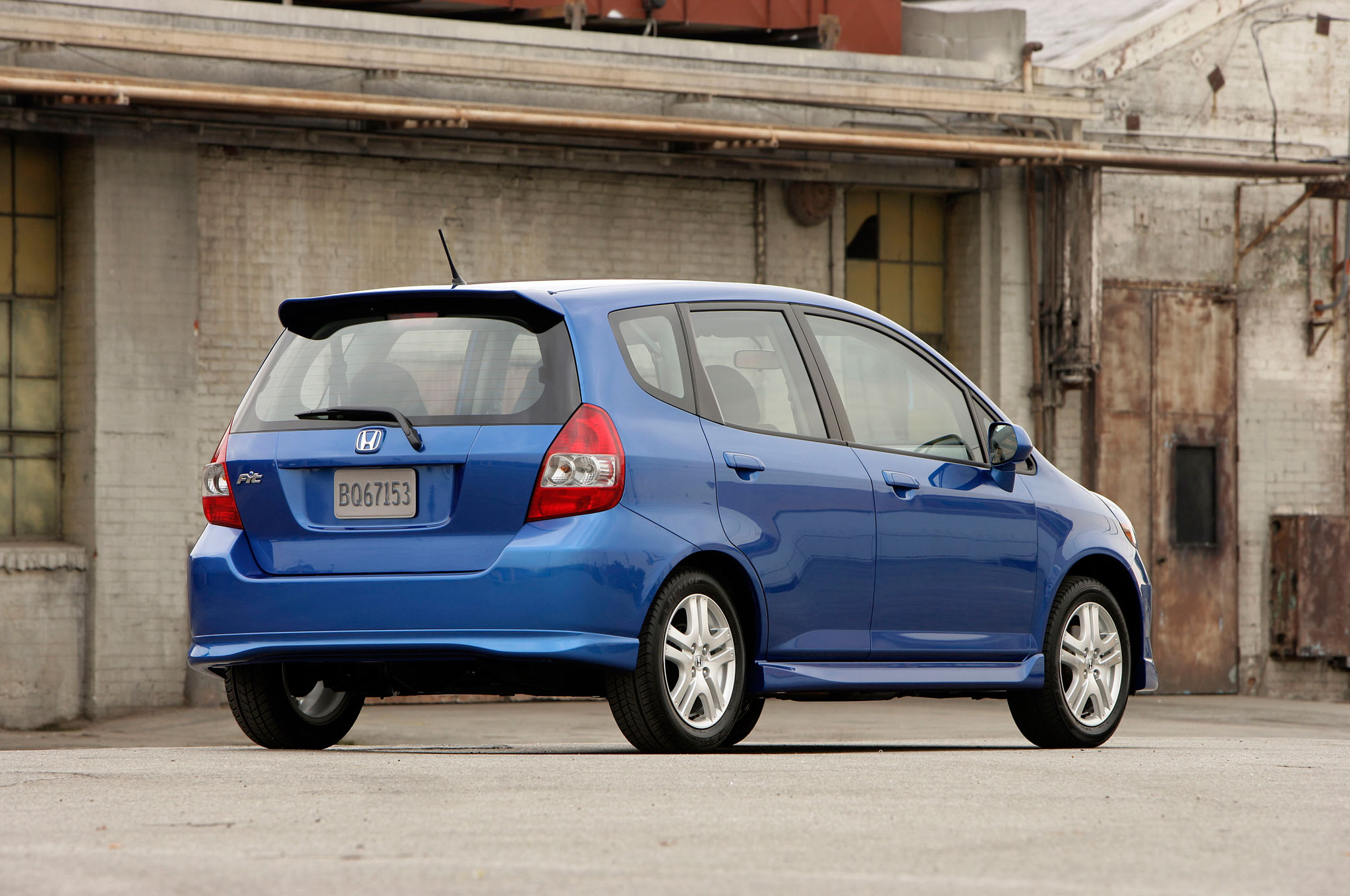 2007 Honda Fit Right Rear Angle1