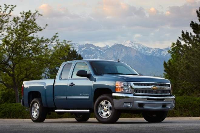2013 Chevrolet Silverado Front Three Quarter1 660x438
