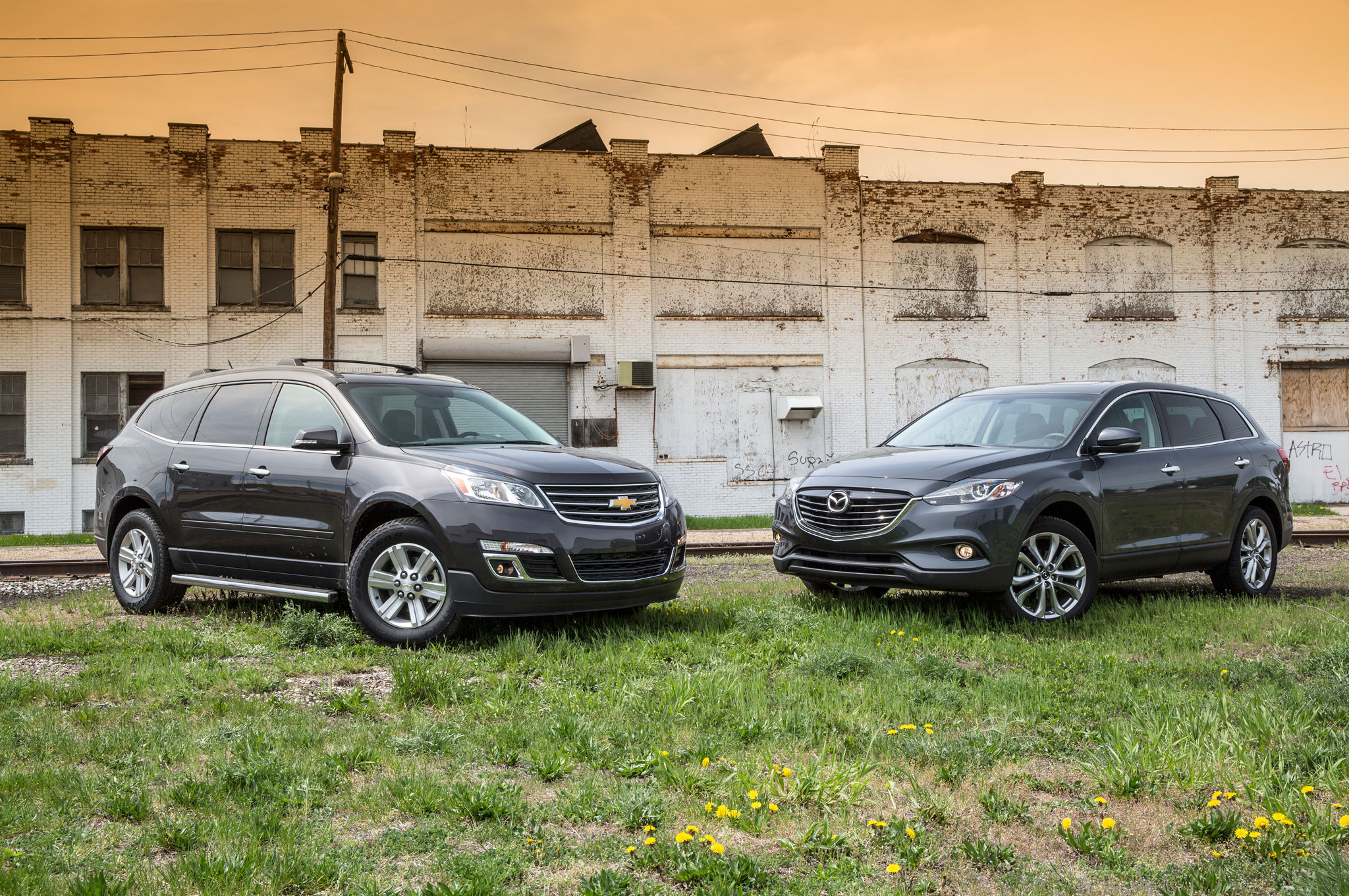 2013 Chevrolet Traverse AWD 2LT Vs 2013 Mazda CX 9 Front View