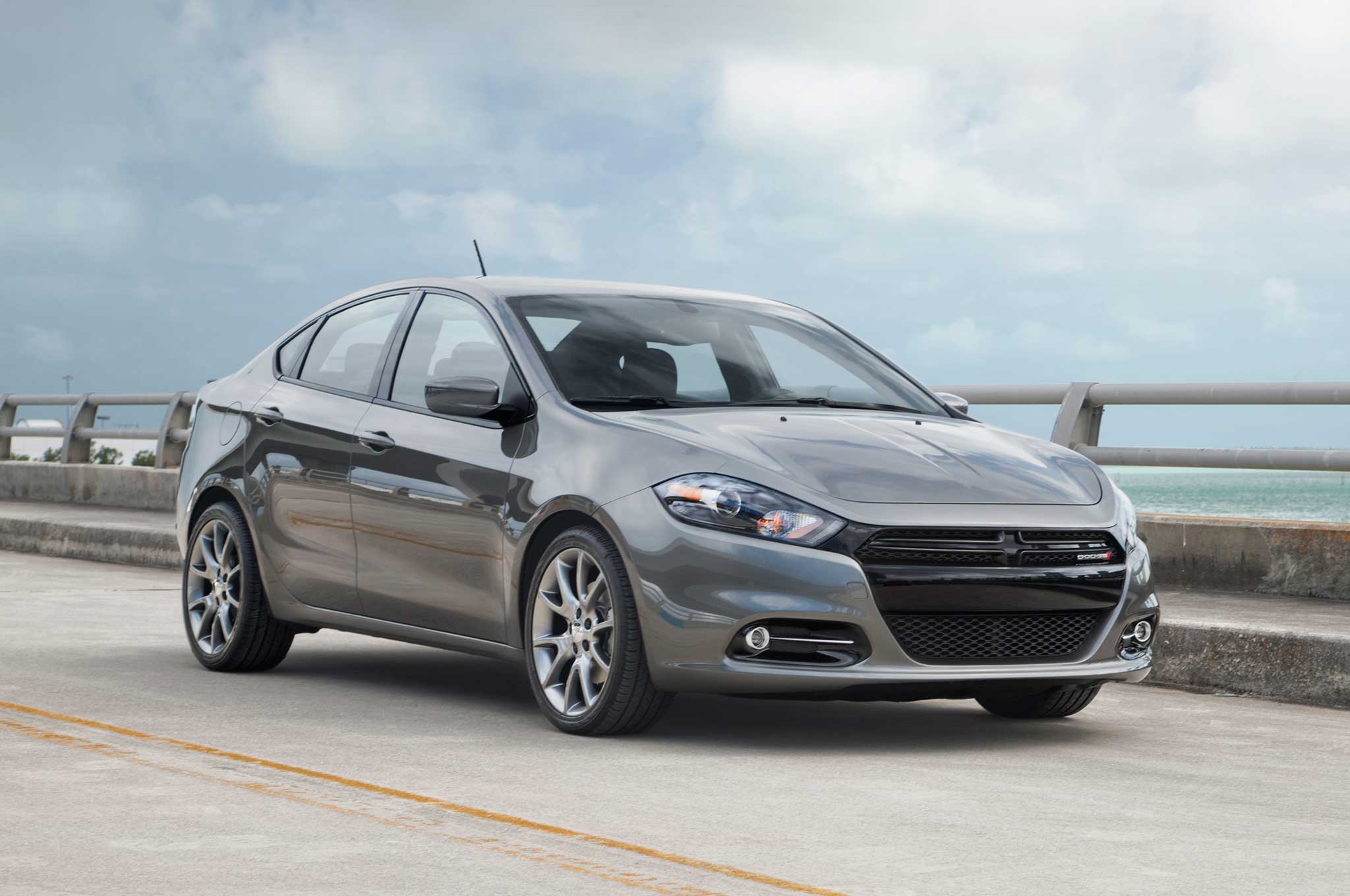 2013 Dodge Dart Front Three Quarter Static1