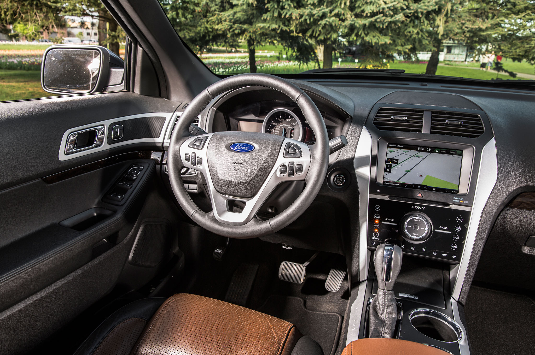 Ford Explorer 2013 Limited Interior Images Galleries With A Bite