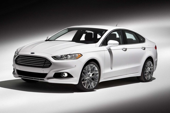 2013 Ford Fusion Front Three Quarter11 660x438