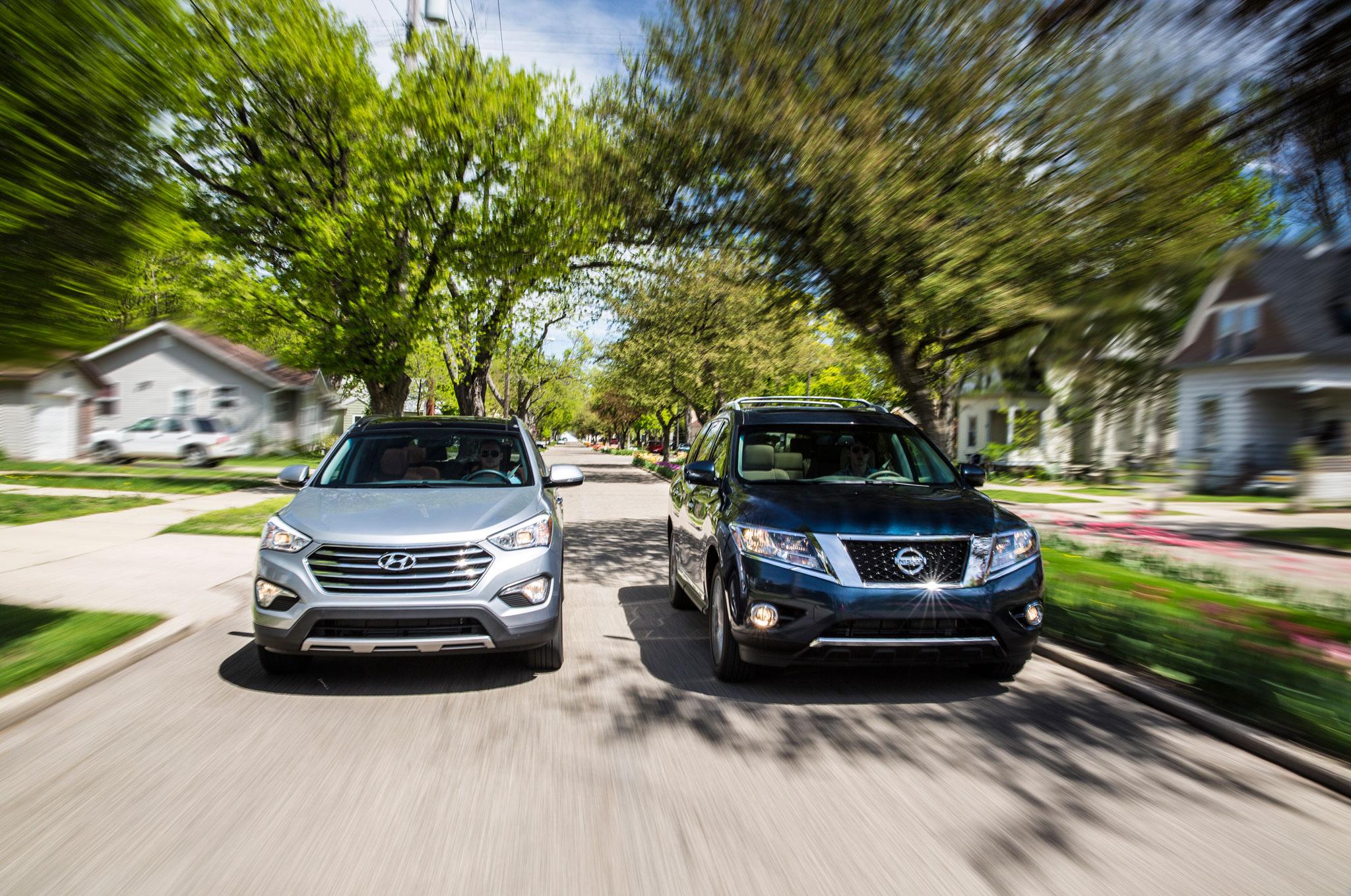 2013 Hyundai Santa Fe Vs 2013 Nissan Pathfinder Platinum 4WD Front View1