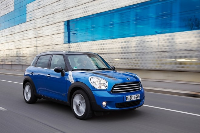 2013 Mini Cooper Countryman All4 Front Three Quarter In Motion1 660x438