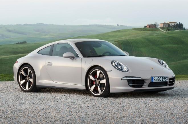 2013 Porsche 911 50th Anniversary Edition Front View1 660x438
