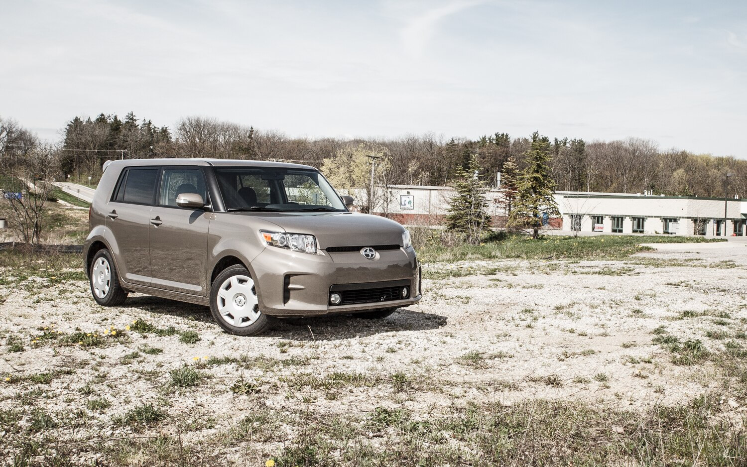 2013 Scion XB Front Right View 11