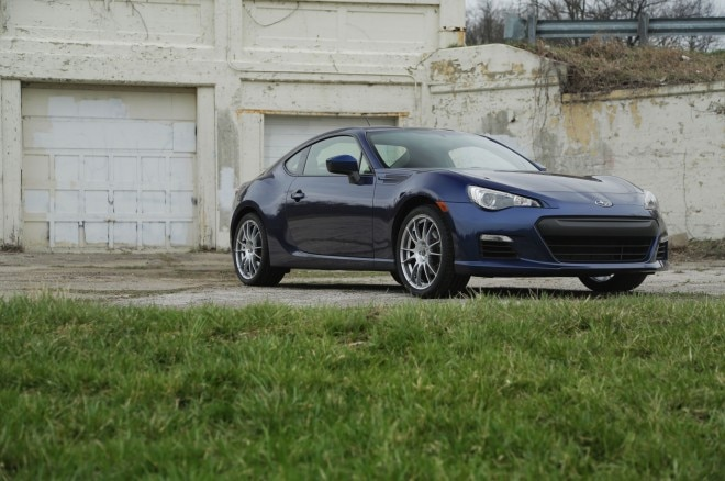 2013 Subaru BRZ Front Right View1 660x438
