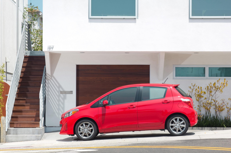 2013 Toyota Yaris Profile1