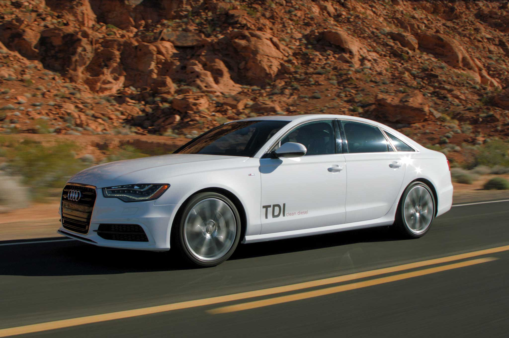 2014 audi a6 a7 q5 tdi pricing fuel economy announced. Black Bedroom Furniture Sets. Home Design Ideas