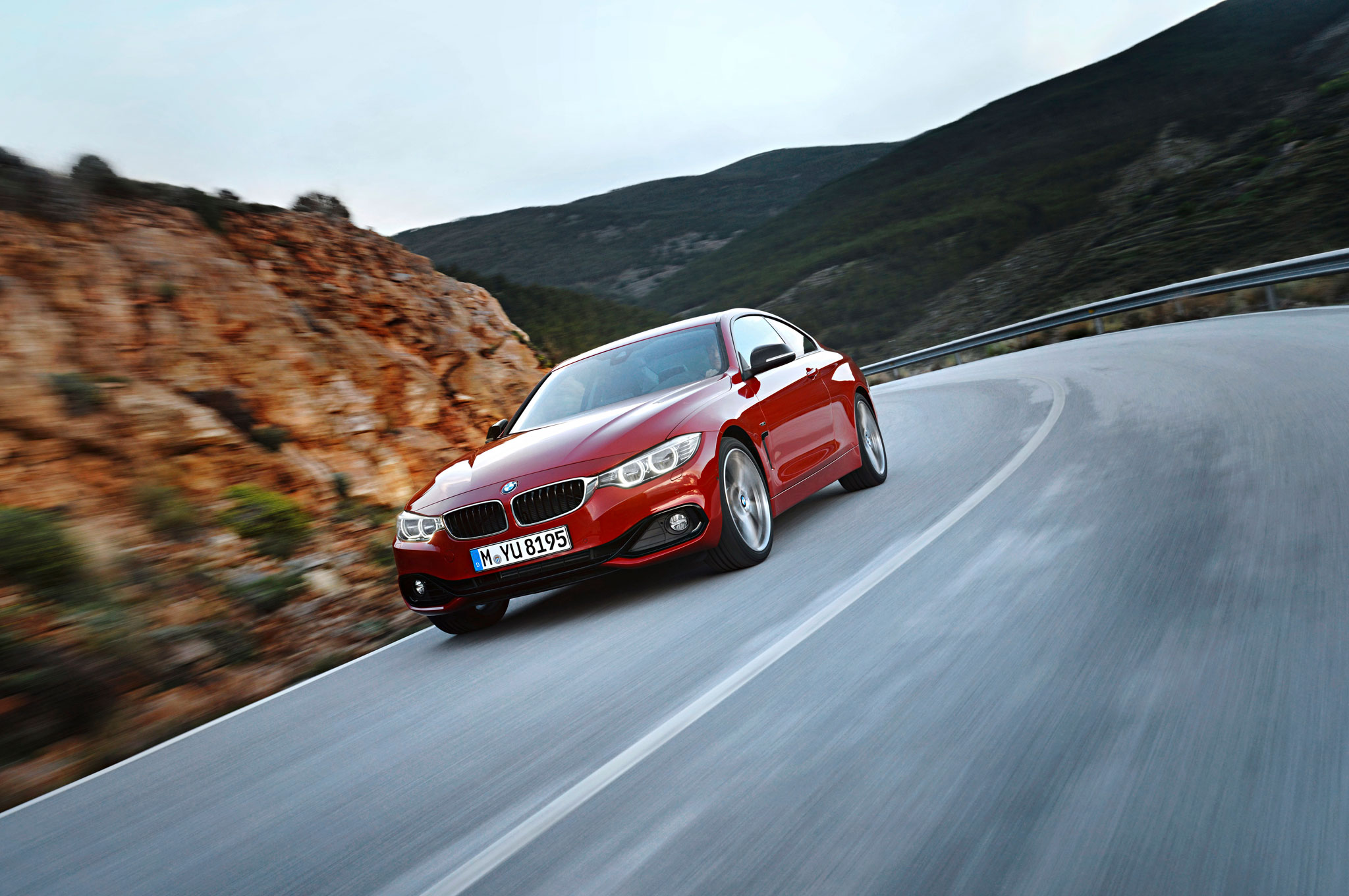 2014 BMW 4 Series Front Left View 81