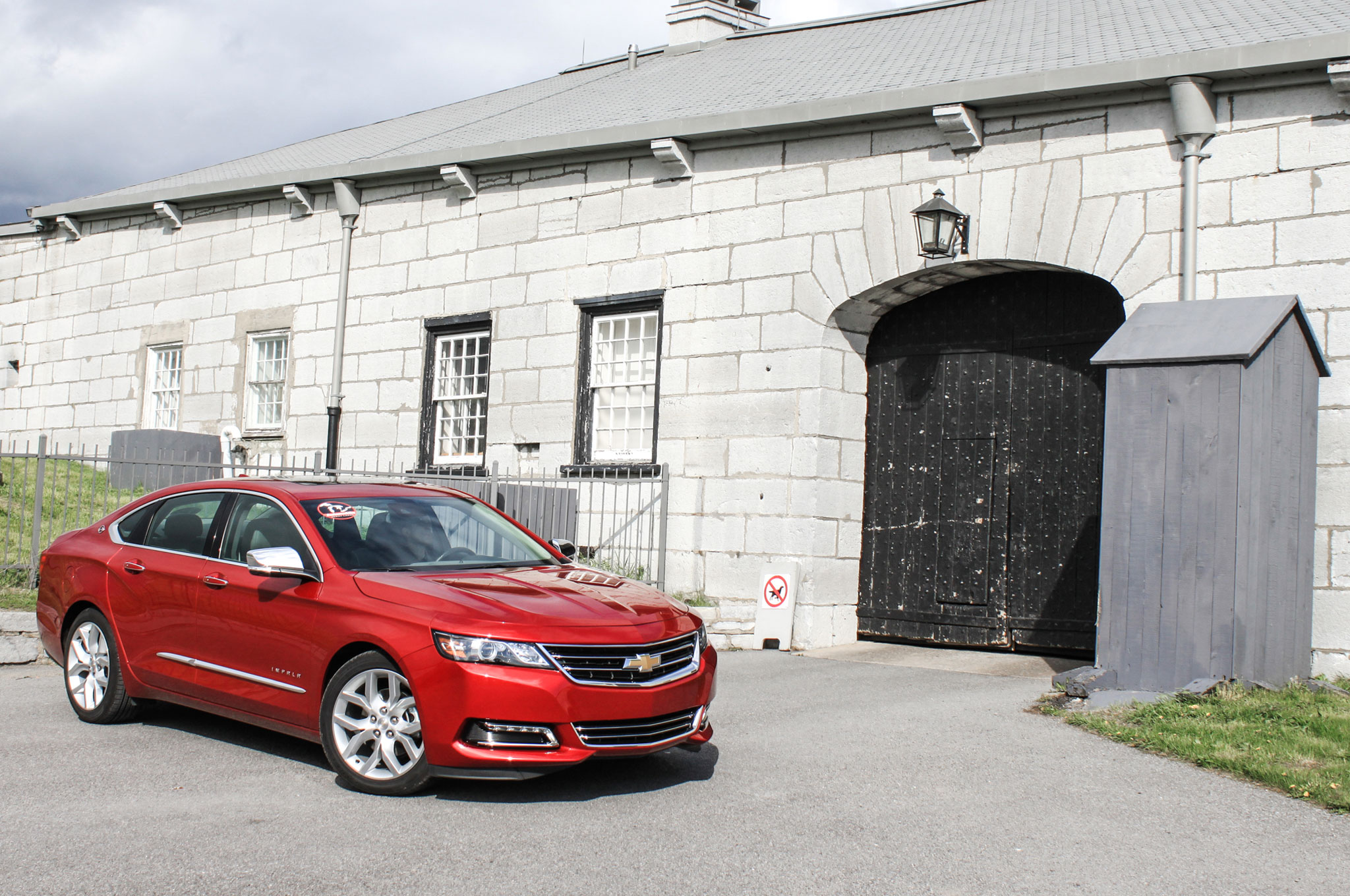 2014 Chevrolet Impala Lake Ontario Front Right Side View 101
