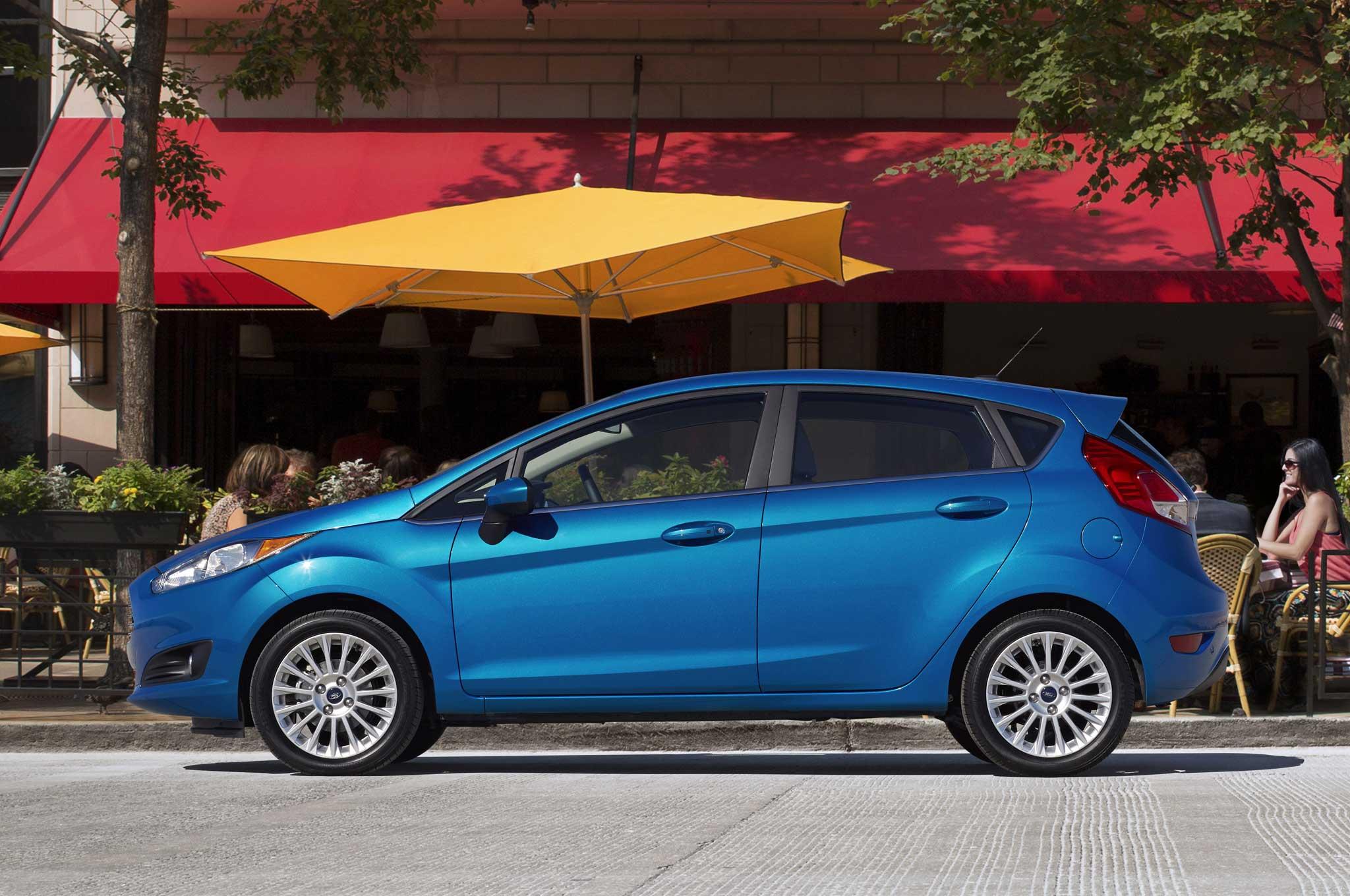 2014 Ford Fiesta Hatchback Profile1