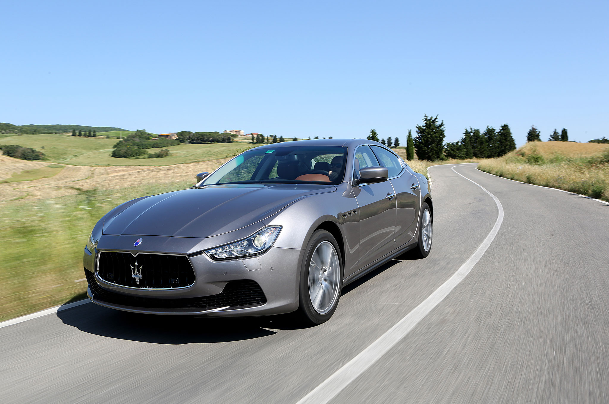 2014 Maserati Ghibli Front Left View 141
