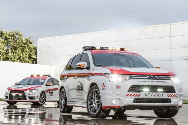 2014 Mitsubishi Outlander And 2013 Mitsubishi Lancer Evolution Safety Cars1 660x438