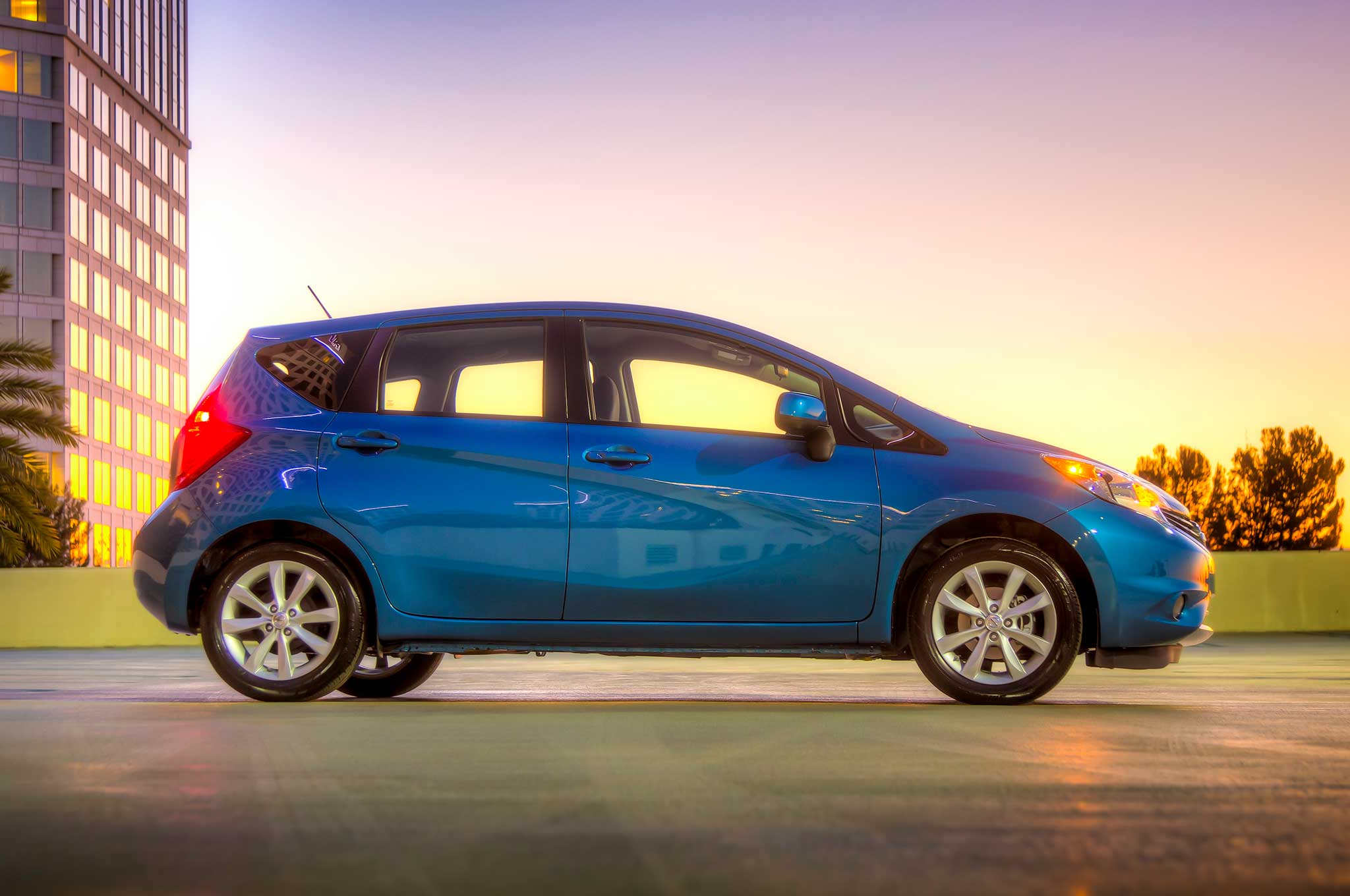 2014 nissan versa note priced from 14 780. Black Bedroom Furniture Sets. Home Design Ideas