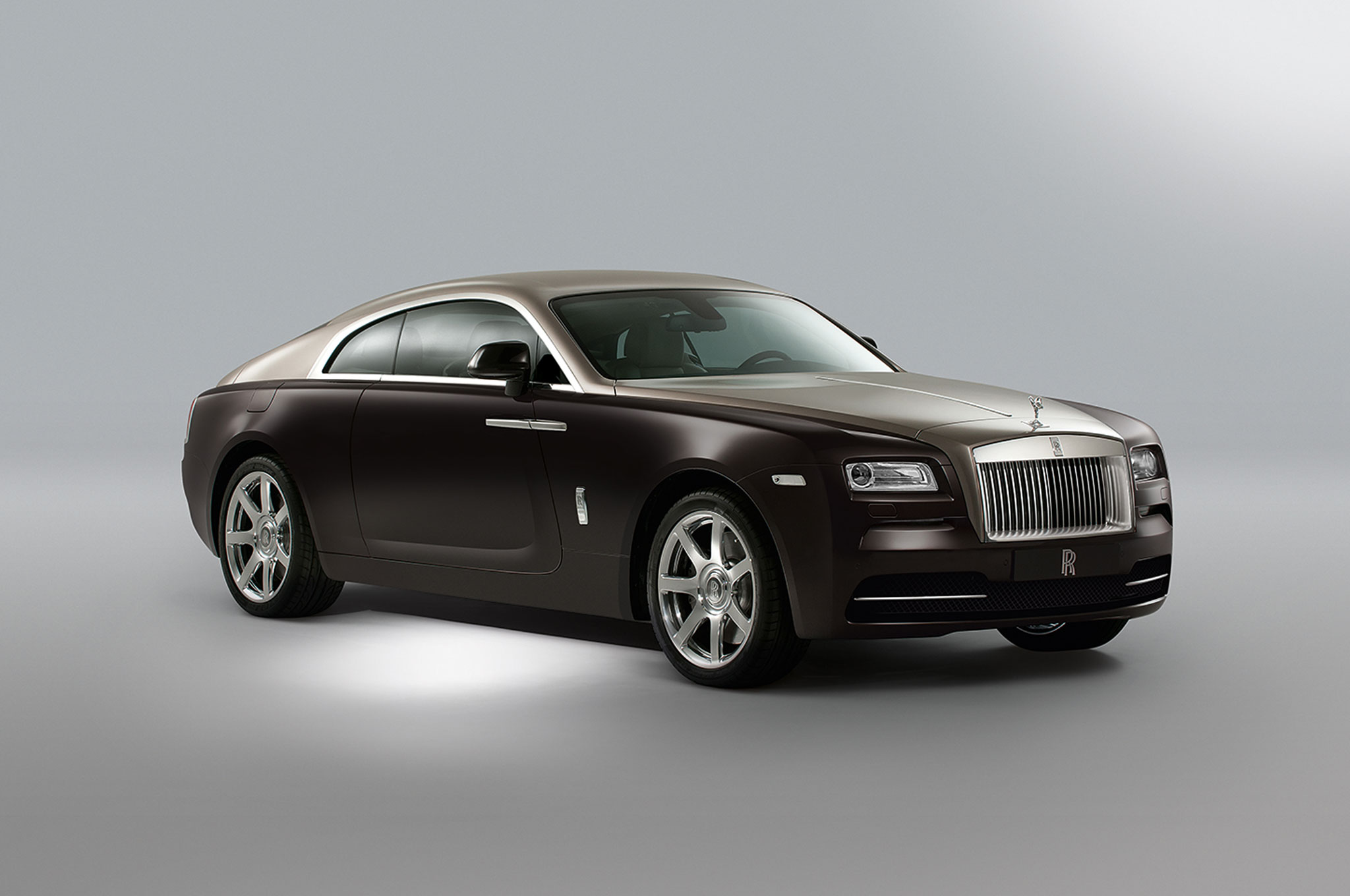 2014 Rolls Royce Wraith Front Right View