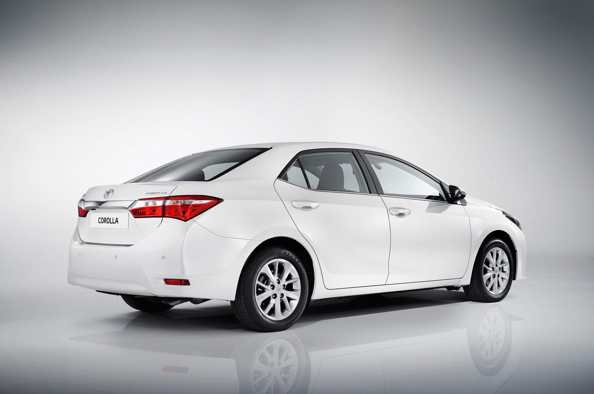 2014 Toyota Corolla Right Rear Euro Spec1