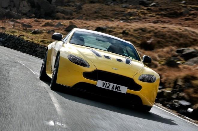 2015 Aston Martin V12 Vantage S Front View On Corner1 660x438