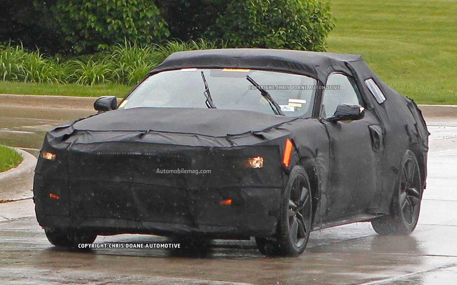 2015 Ford Mustang Spied Front Three Quarter 41