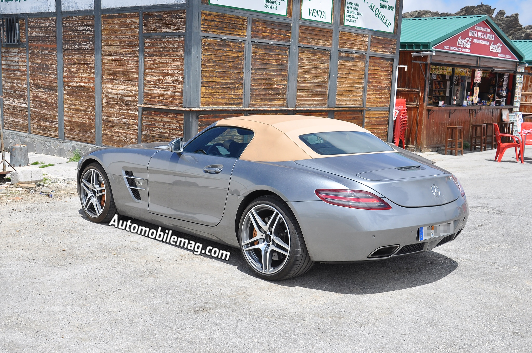 2015 mercedes benz sls amg gt facelift spied. Black Bedroom Furniture Sets. Home Design Ideas