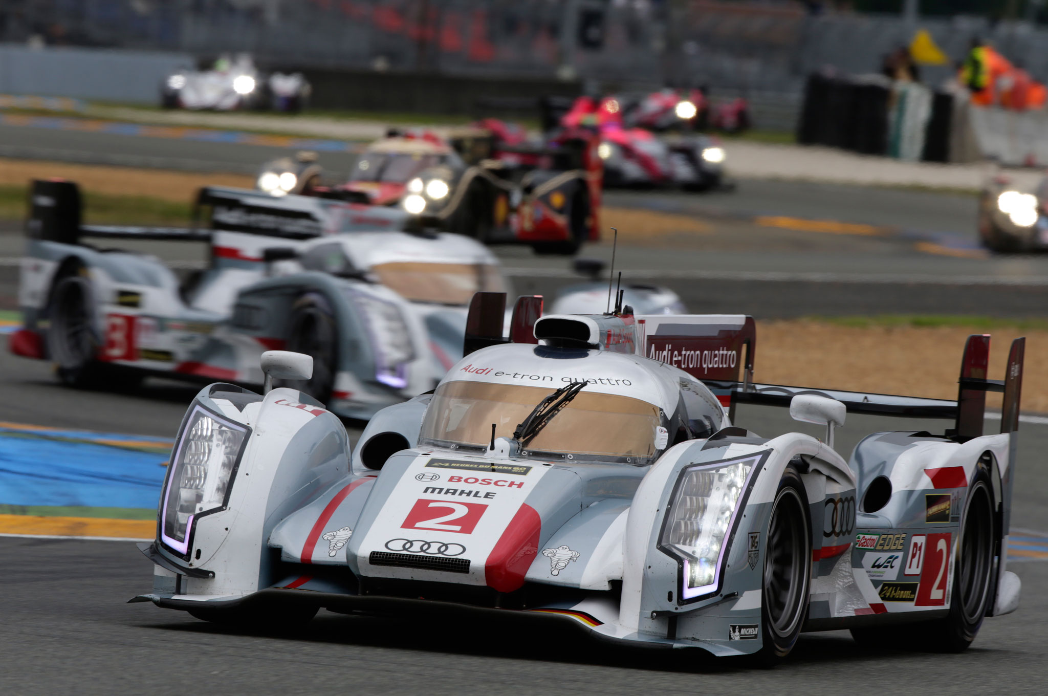 audi wins fourth consecutive le mans toyota takes second fourth. Black Bedroom Furniture Sets. Home Design Ideas