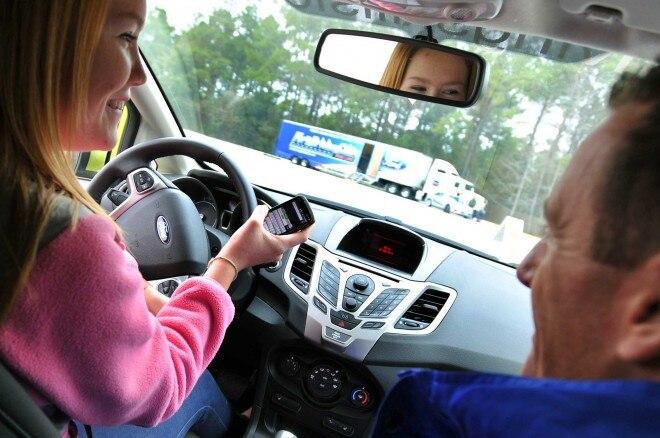 Ford DSFL Texting 41 660x438