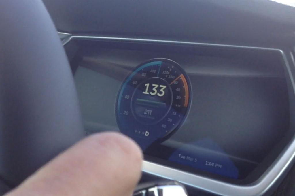 Tesla Model S Signature Performance Hits 133 Mph1