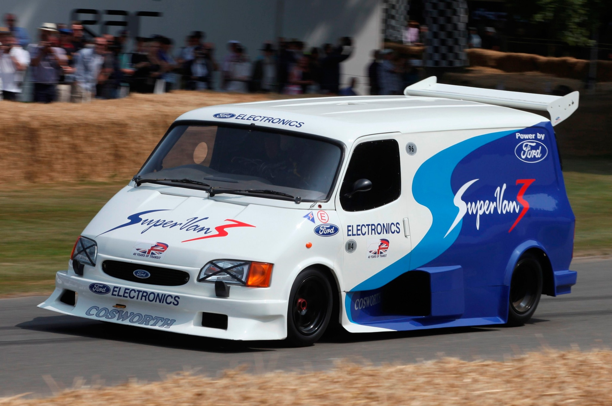 feature flick ford transit supervan storms up goodwood. Black Bedroom Furniture Sets. Home Design Ideas