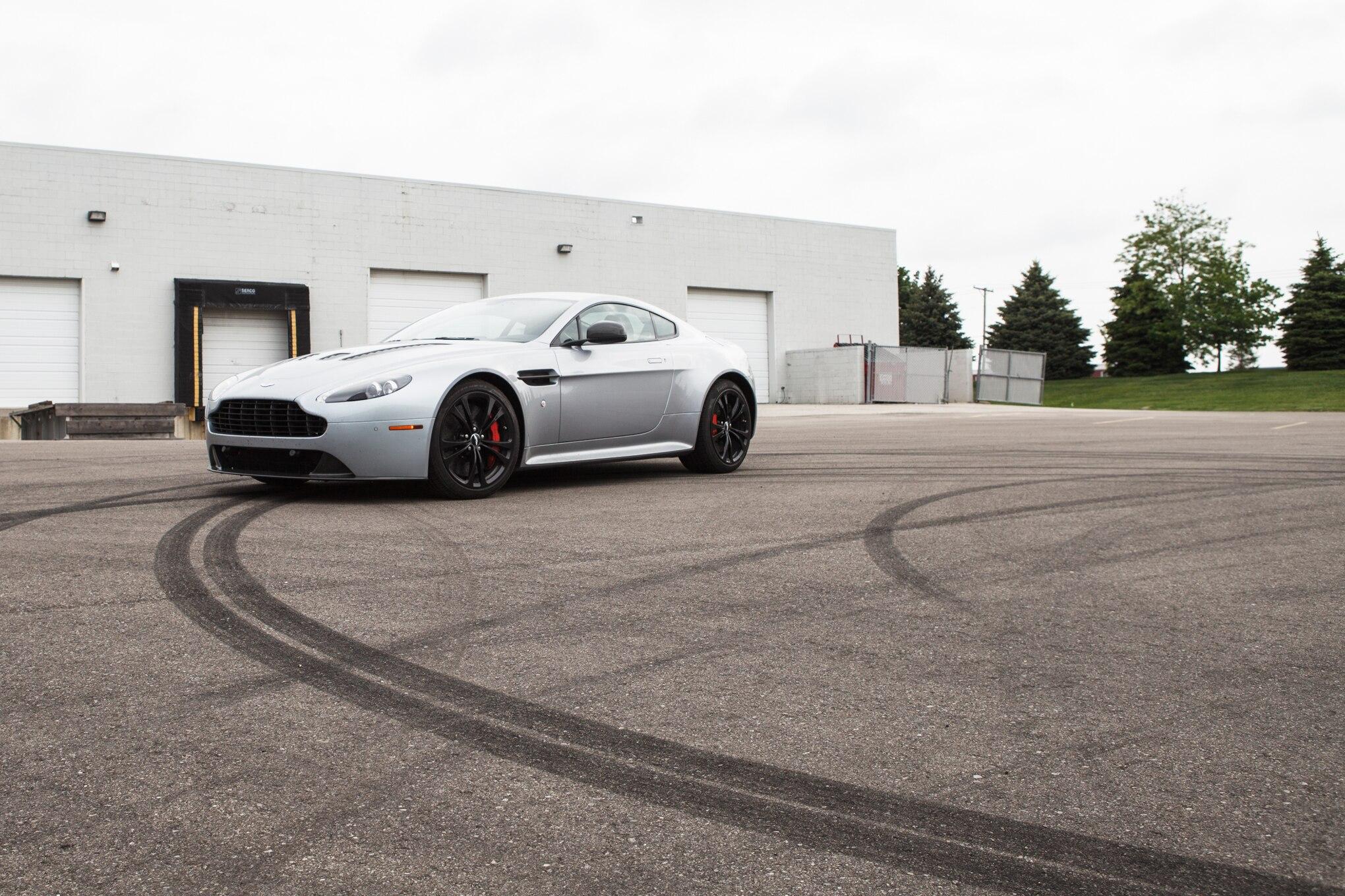 2013 Aston Martin V12 Vantage Front Left Side View 11