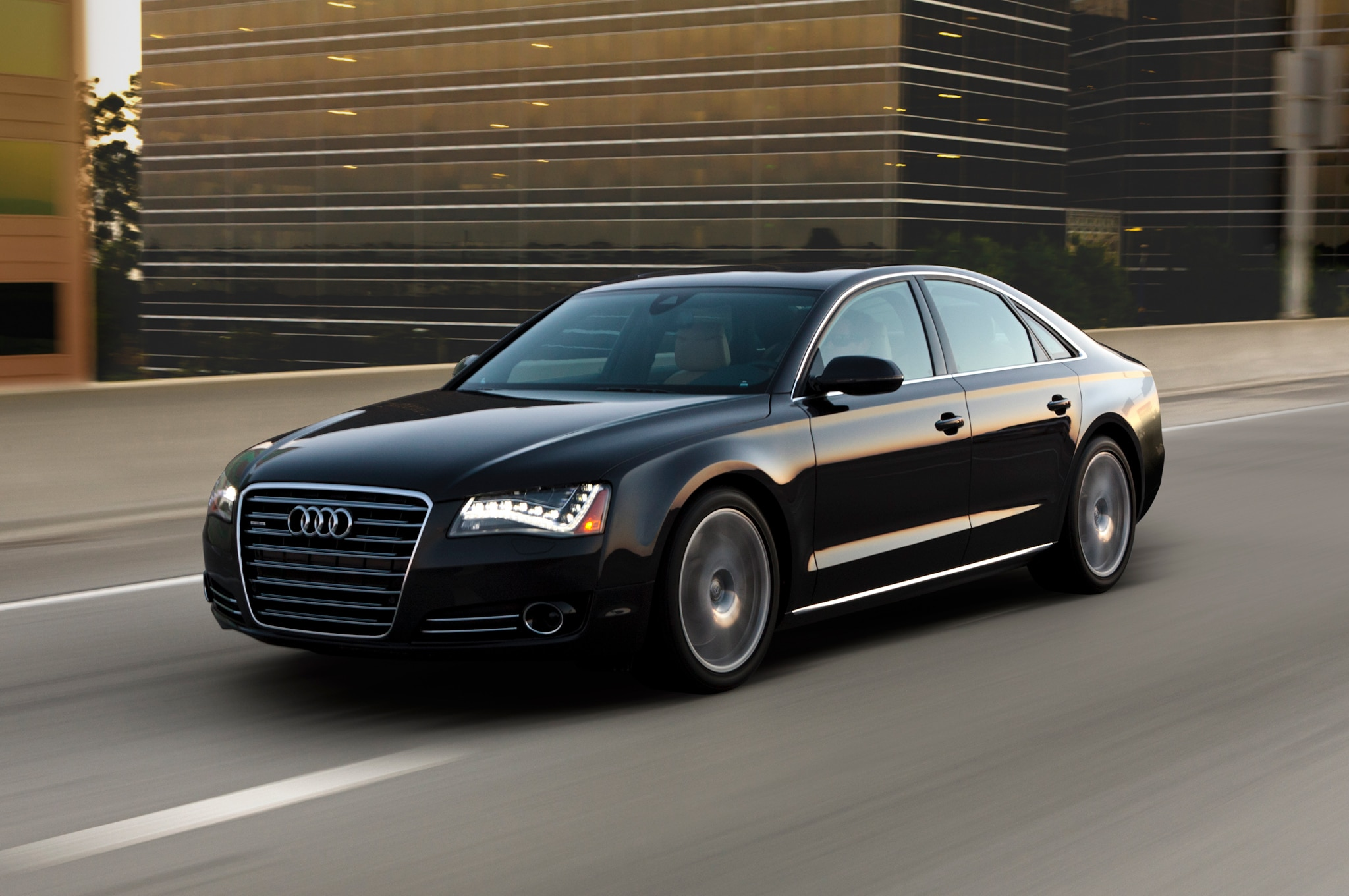 2013 Audi A8 Front Three Quarter Motion1