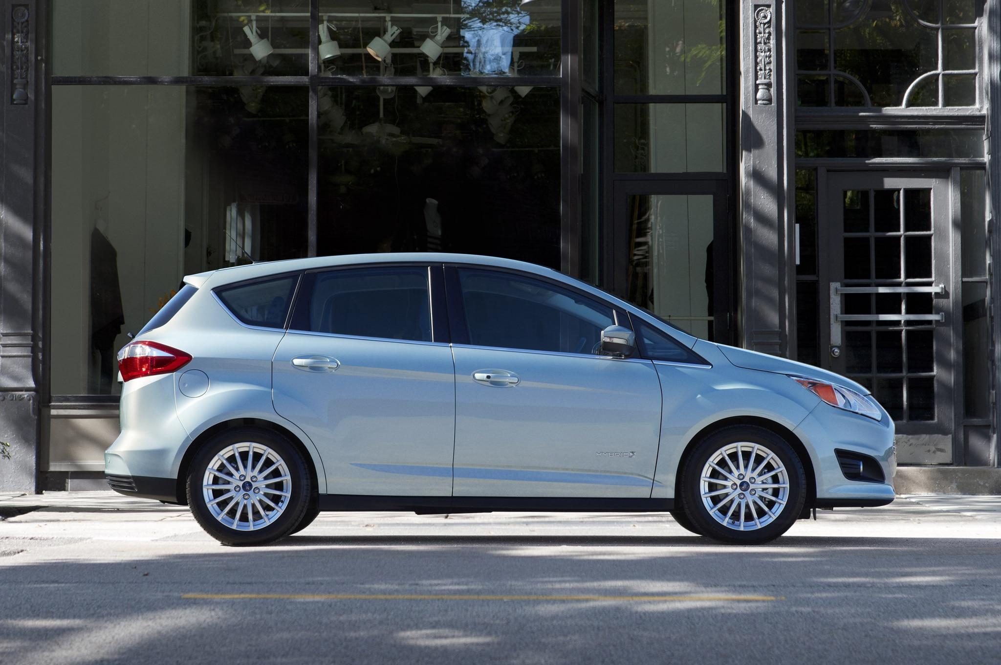 2013 Ford C Max Hybrid Profile1