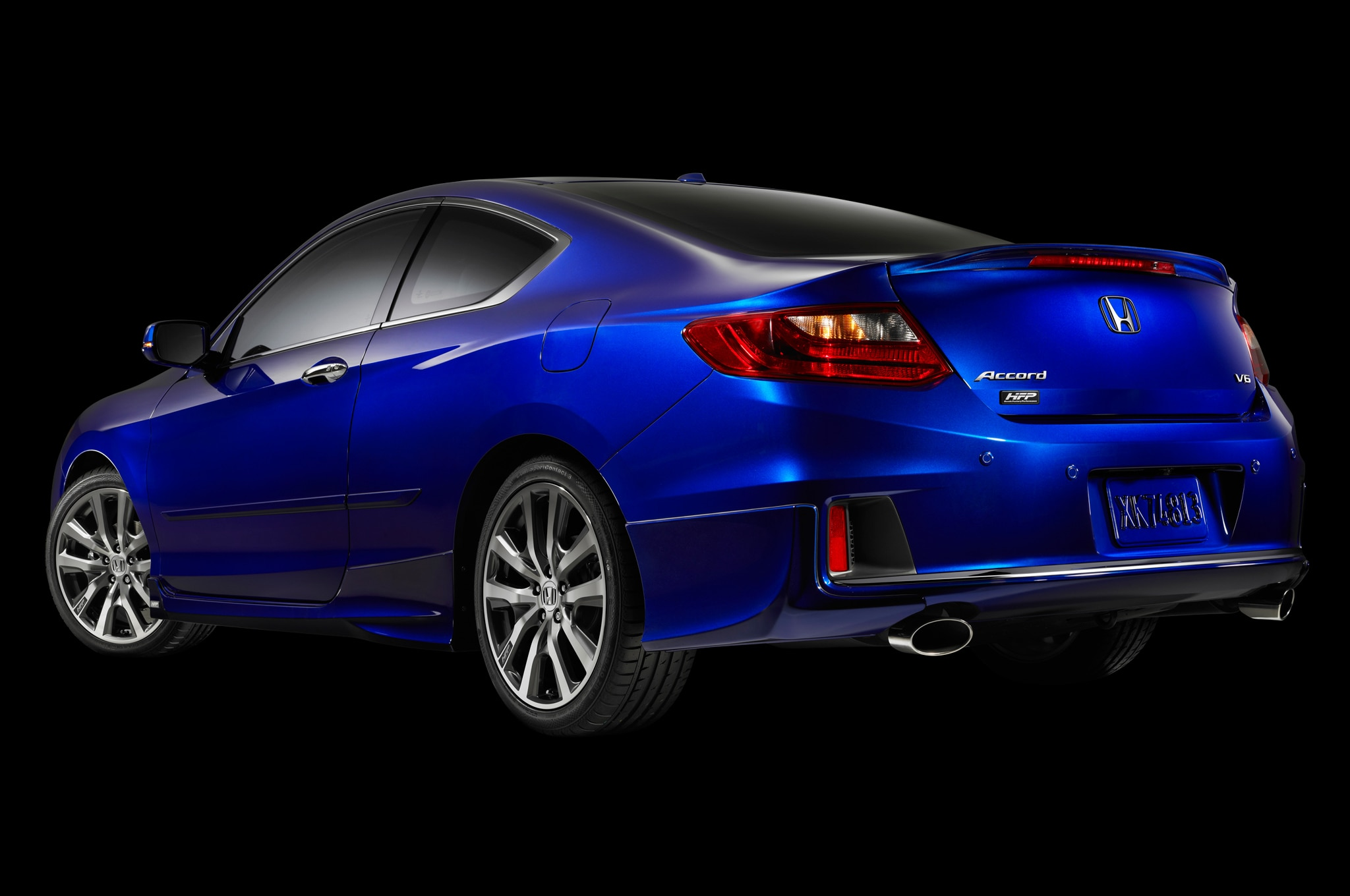 2013 Honda Accord Coupe V6 With HFP Rear1
