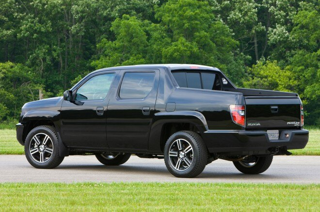 2013 Honda Ridgeline Sport Rear Three Quarter1 660x438