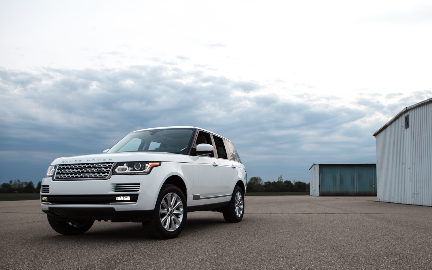 2013 Land Rover Range Rover HSE Front Left View 31