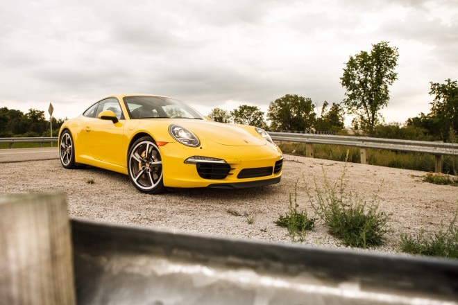 2013 Porsche 911 Carrera S Front Right View 11 660x440