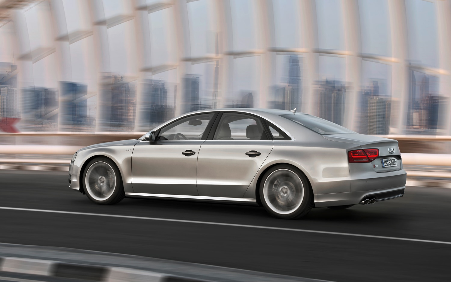 2013 Audi S8 Rear Left Side View1