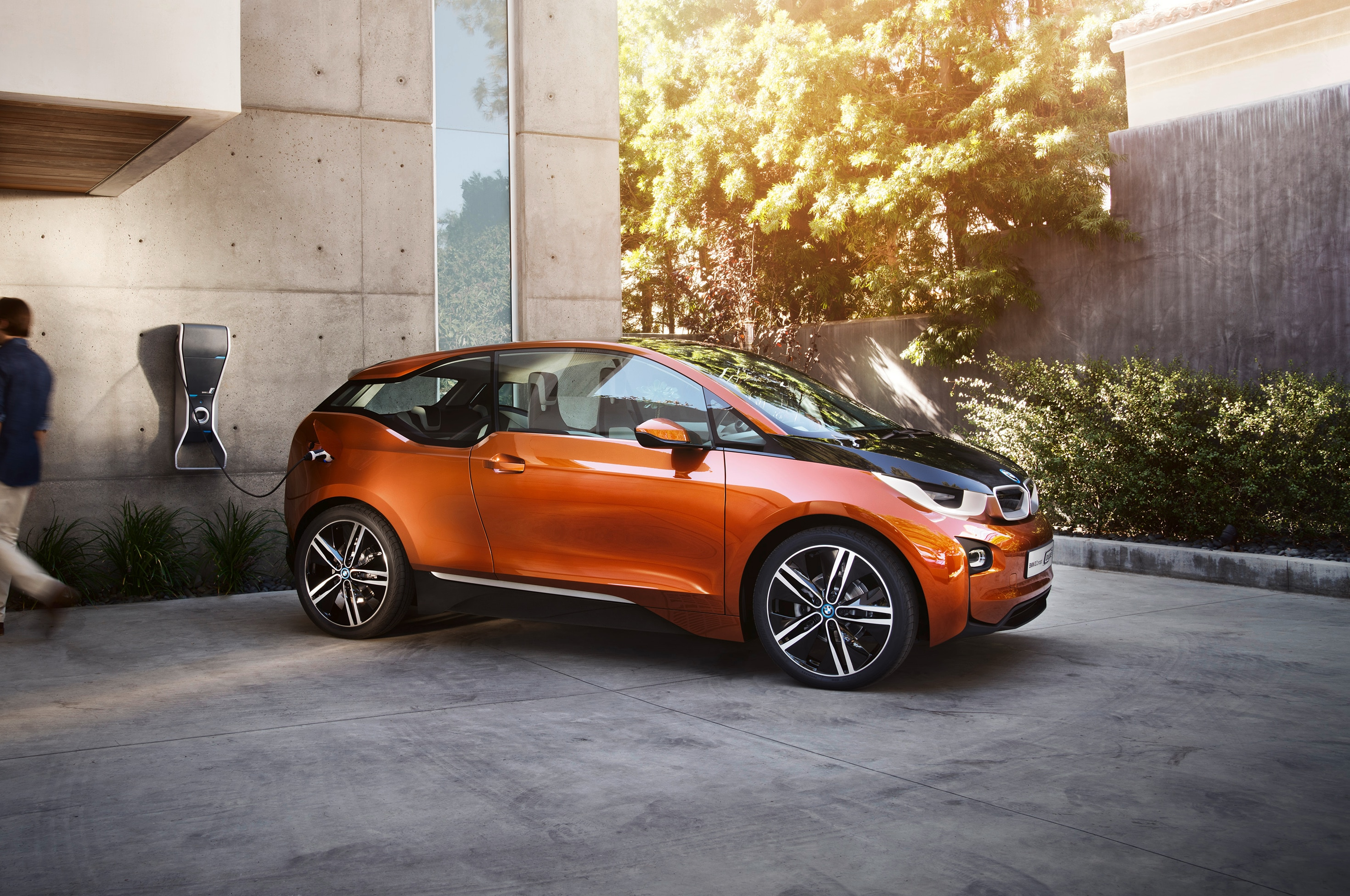 2013 Bmw I3 Concept Coupe Front Three Quarters11