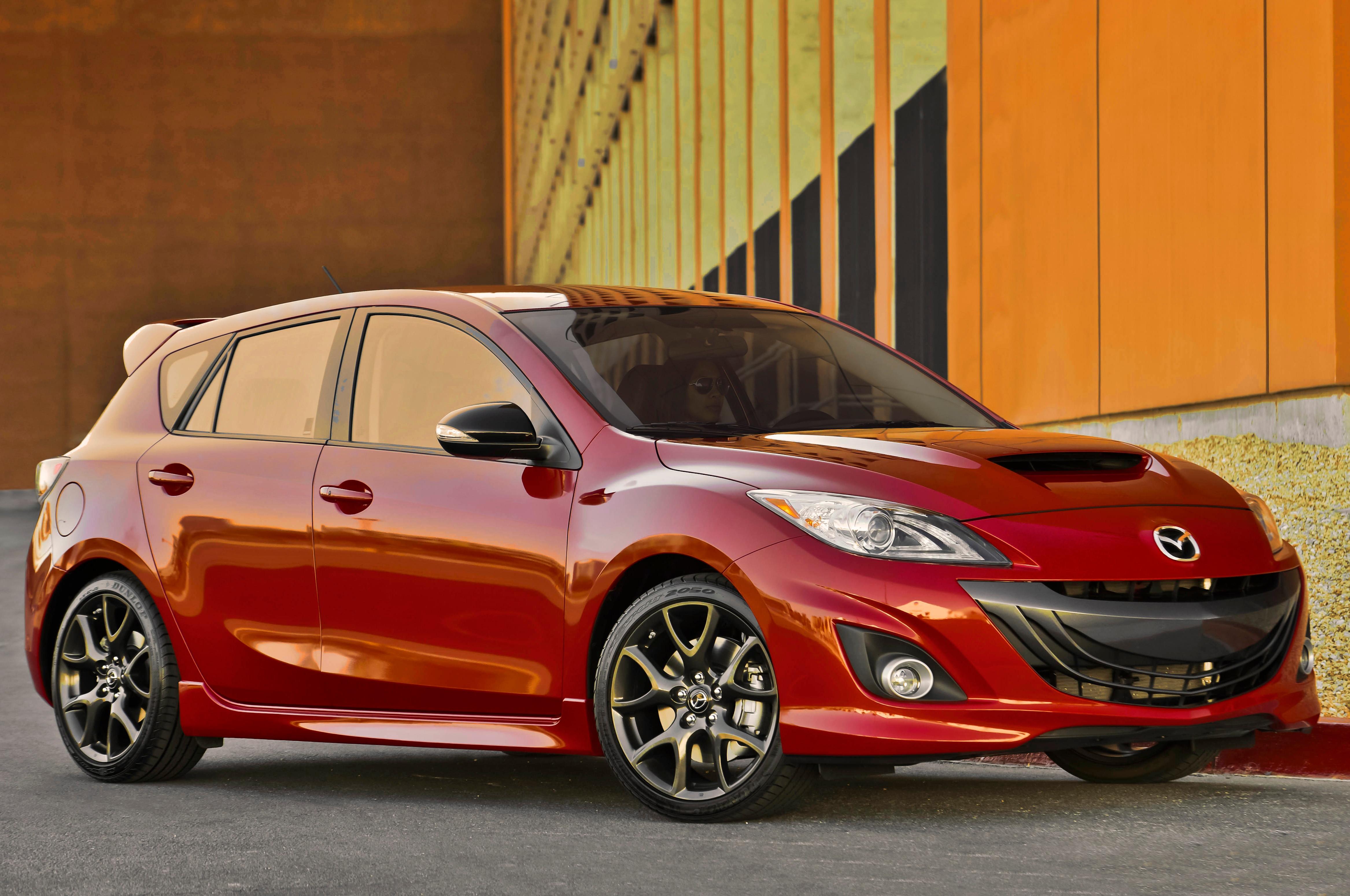 2013 Mazdaspeed 3 Front Three Quarters1