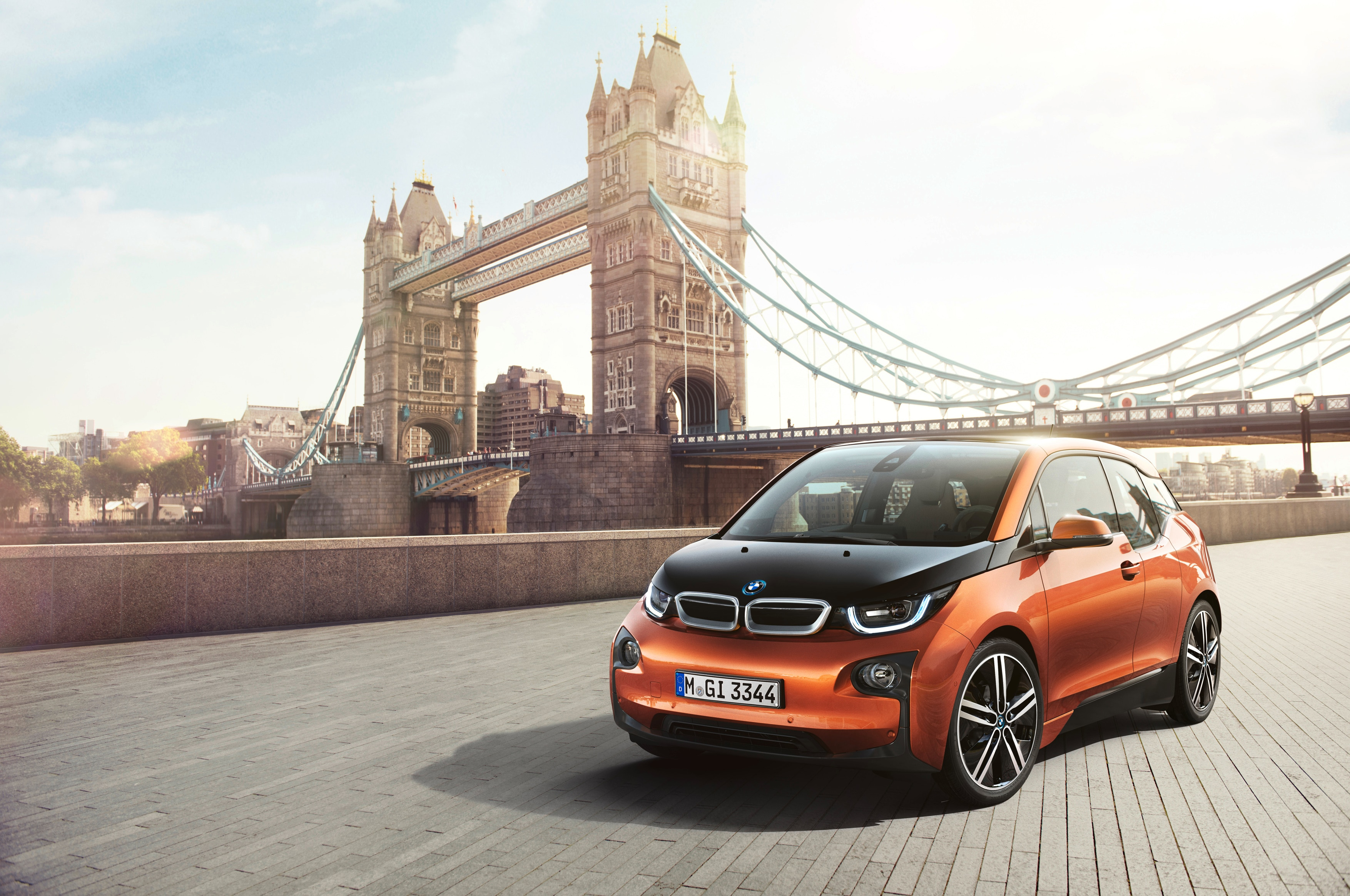 2014 BMW I3 Front Three Quarter London 21