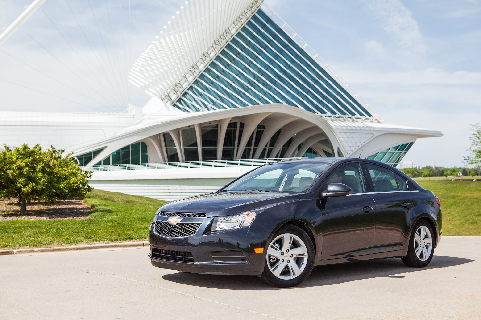 2014 Chevrolet Cruze Diesel Front Left Side View 31