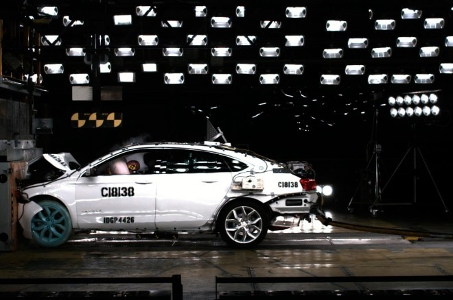 2014 Chevrolet Impala Crash Test1 660x438