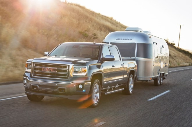 2014 GMC Sierra Front Three Quarter1 660x438