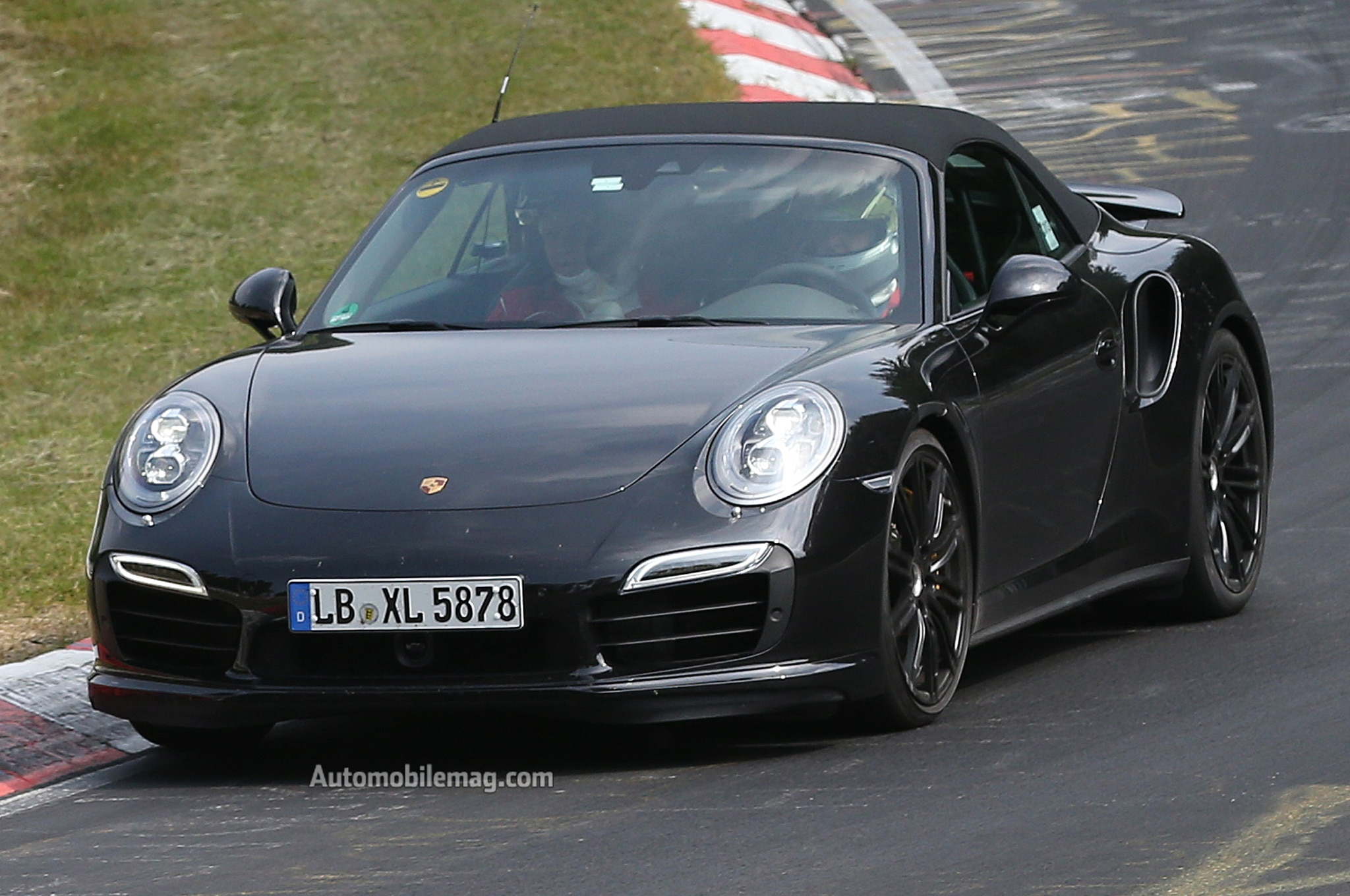 2014 Porsche 911 Turbo Cabriolet Spy Shot Front View1