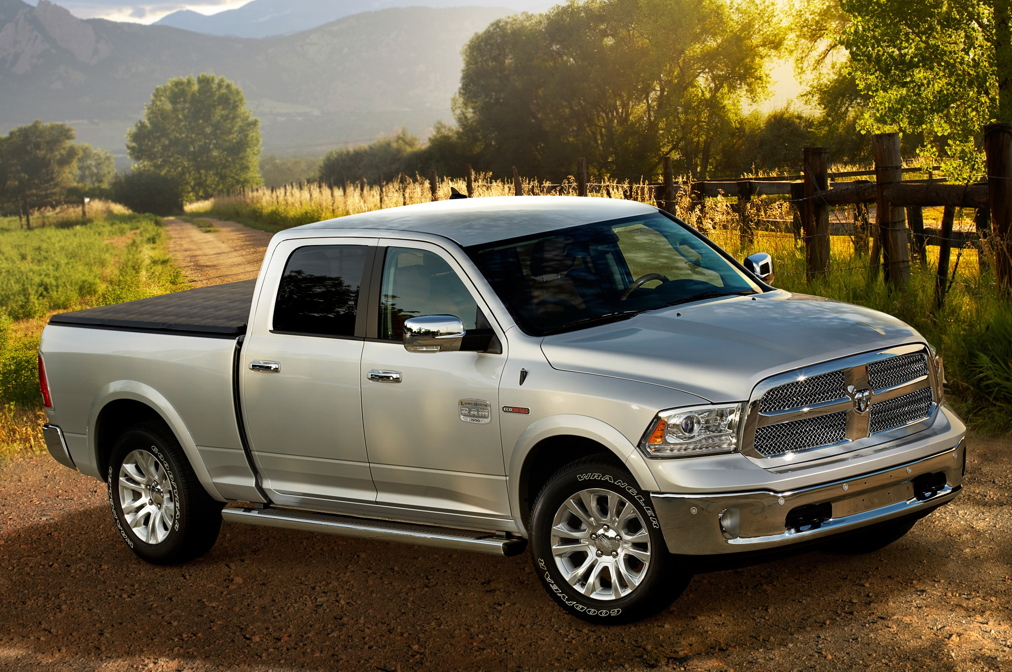 2014 Ram 1500 EcoDiesel Laramie Front Three Quarters View1