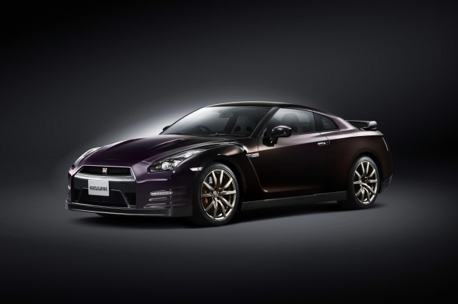 2014 Nissan Gtr Front Three Quarters1 660x438
