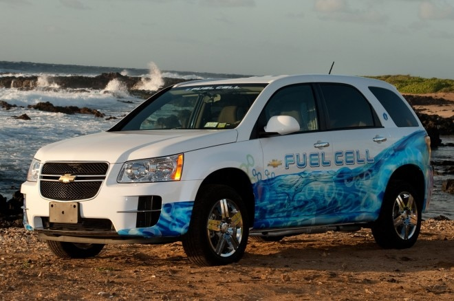 Chevrolet Equinox Fuel Cell1 660x438