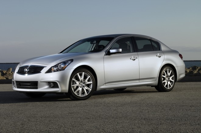 2013 Infiniti G37 Front Three Quarters 31 660x438