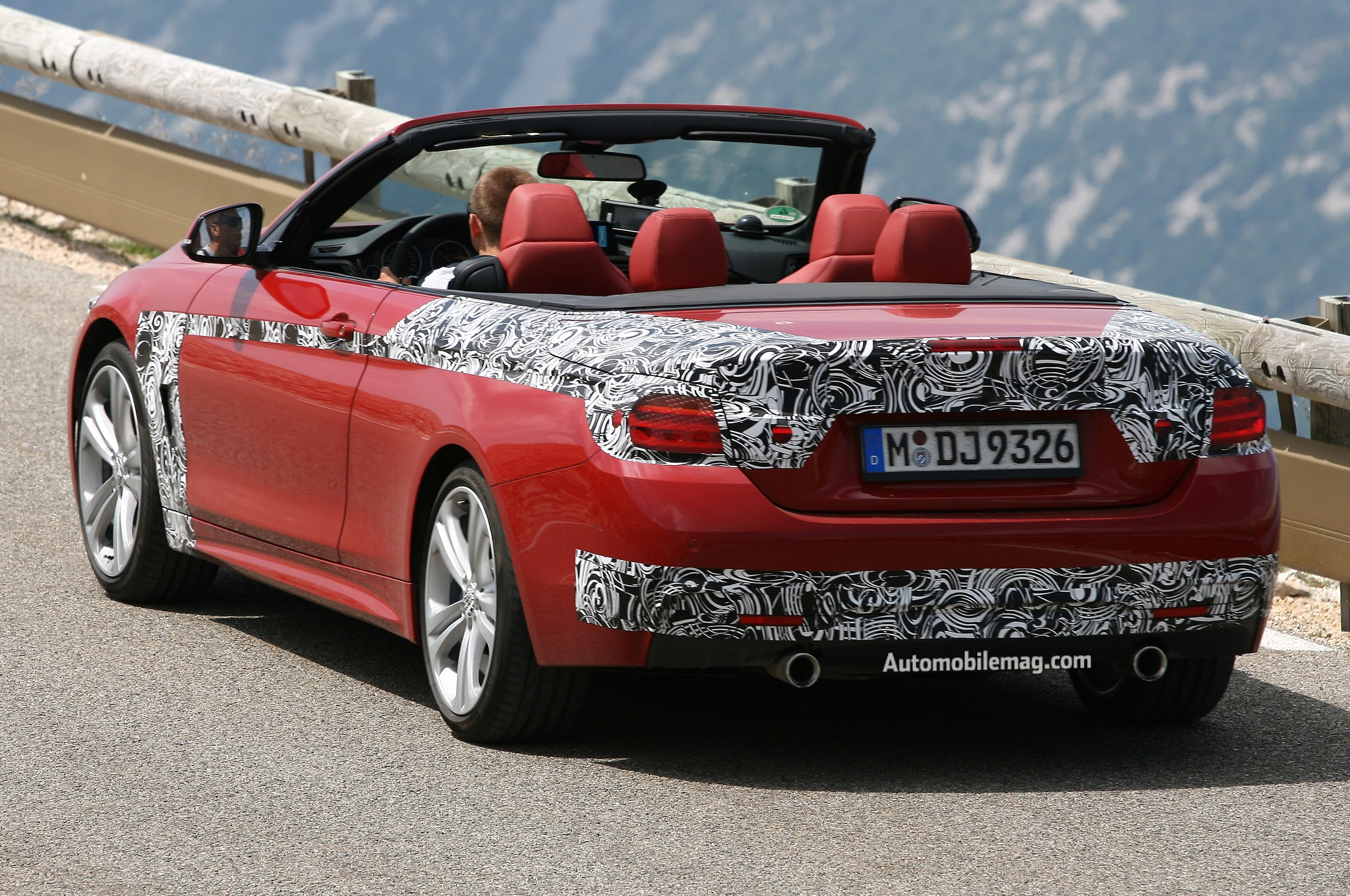 2014 BMW 4 Series Convertible Rear Three Quarters AMAG1